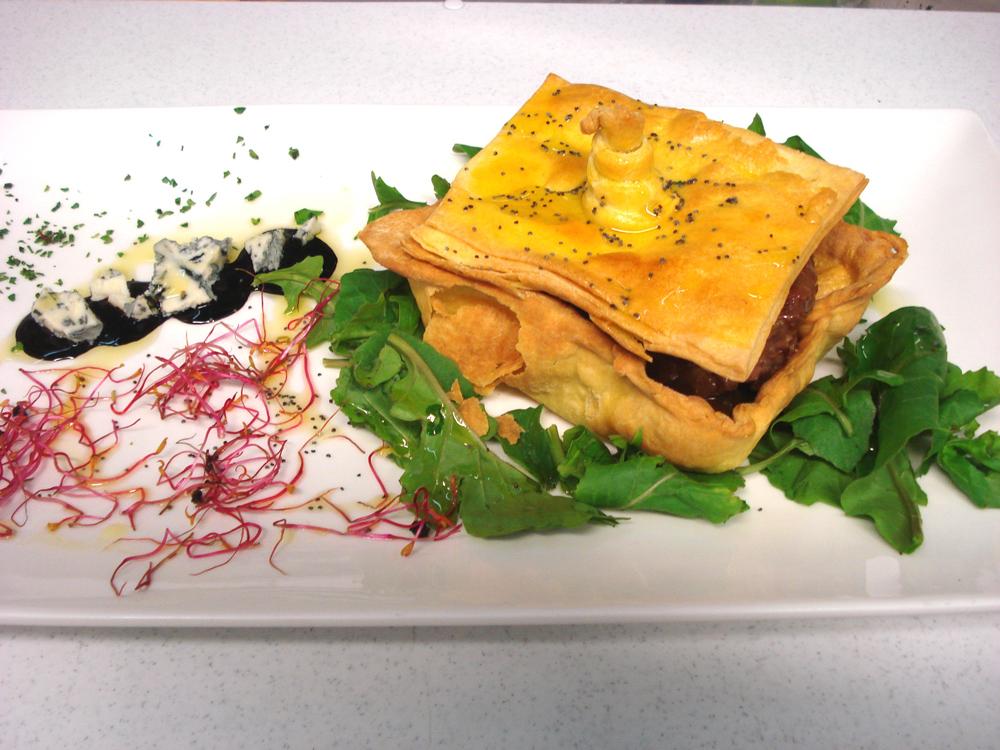Filetto-al-marsala-e-gorgonzola-in-bauletto-di-brise